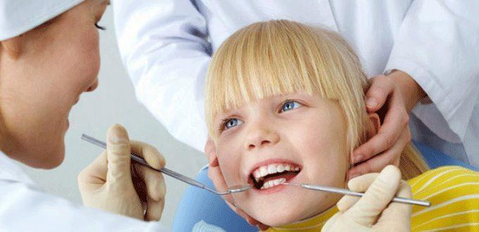 Khám răng trẻ em định kỳ
