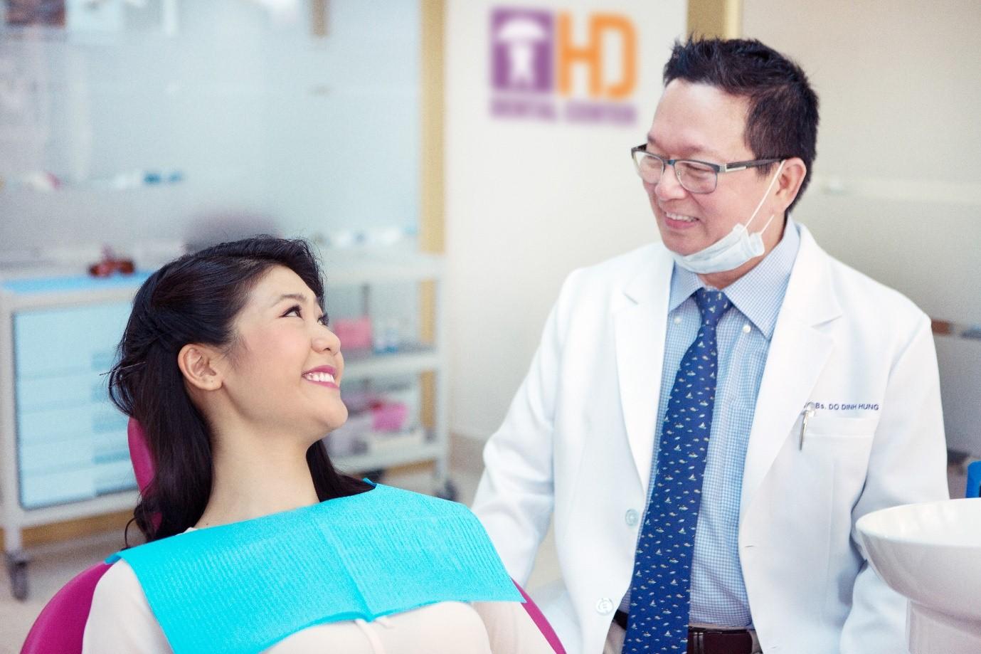 Khách hàng thường đòi hỏi điều gì khi làm răng sứ thẩm mỹ?