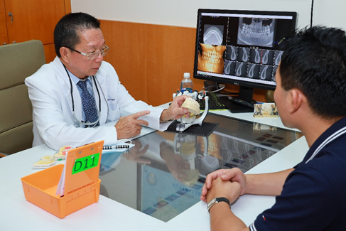 Đặt implant sau khi nhổ răng