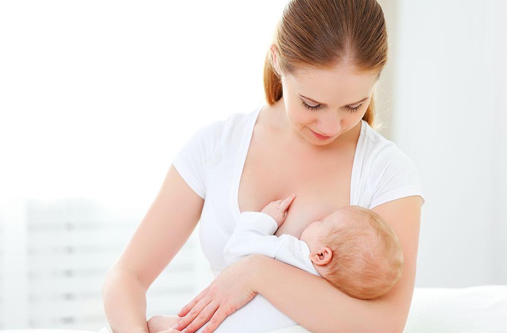 Vấn đề về ngực chảy xệ sau sinh