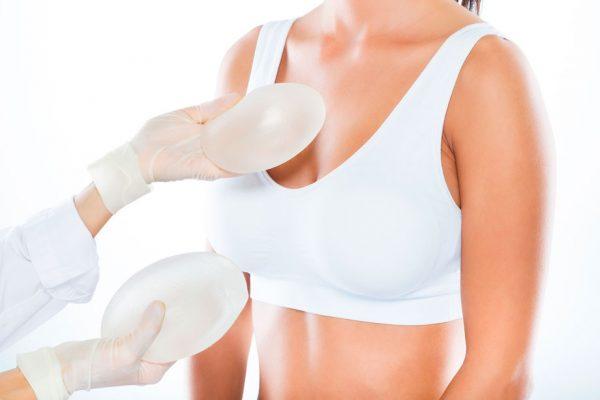 Nâng ngực có ảnh hưởng gì không?